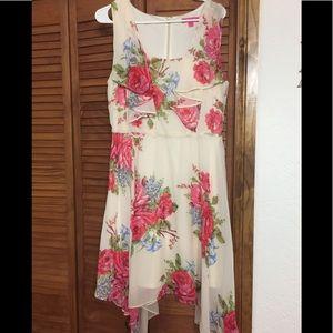 Beautiful Floral Flowy Dress 12